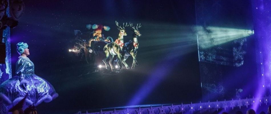 Flying Sleigh & animatronic reindeer - theatre special effects